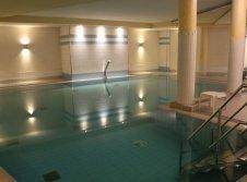 Schwimmbad im Vitalotel Roonhof