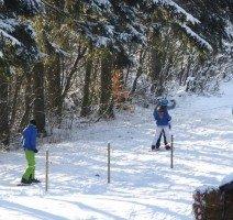 Skispaß in der Umgebung, Quelle: Hotel Sonnenhof.Köhne. Skilift