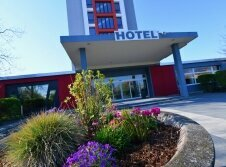 SKYHOTEL Merseburg - Hotel-Außenansicht
