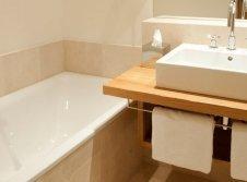 Superior-Zimmer Salzburg Badezimmer