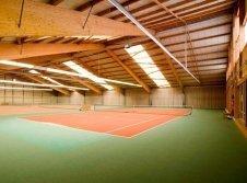 Tennis- & Squashplätze (kostenfrei für Hotelgäste)