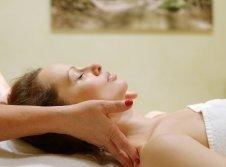 Wohltuende Nackenmassage