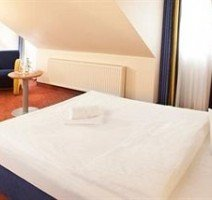 Zimmer, Quelle: (c) advena Hotel Hohenzollern City Spa