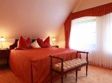 Burgsuite Schlafzimmer 2