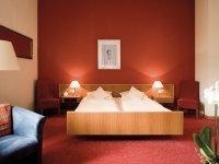 3-Bett-Zimmer zur Einzelnutzung, Quelle: (c) St. Stephanus Weinhotel