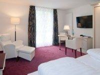 Behindertengerechtes Zimmer, Quelle: (c) Phönix Hotel Seeblick