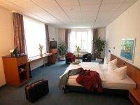Behindertenzimmer, Quelle: (c) Center Hotel Alte Spinnerei Burgstädt
