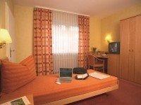 Barrierefreies Doppelzimmer, Quelle: (c) KIShotel am Kurpark