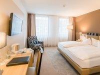 Businesszimmer mit Doppelbett, Quelle: (c) Best Western Hotel Erfurt-Apfelstädt