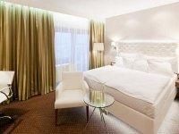 Deluxe Doppelzimmer mit Terrasse, Quelle: (c) Pytloun City Boutique Hotel
