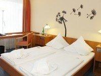 Doppelzimmer Standard, Quelle: (c) relexa hotel Bad Salzdetfurth / Hildesheim