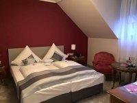 Doppelzimmer, Quelle: (c) Hotel Restaurant Paradeismühle