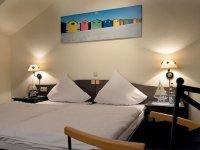 Doppelzimmer, Quelle: (c) Hotel-Restaurant ROEMER
