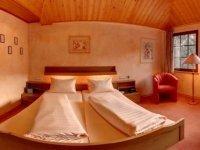 Doppelzimmer Bachseite, Quelle: (c) Hotel Forellenhof