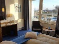 Doppelzimmer Balkon, Quelle: (c) AKZENT Hotel Strandhalle