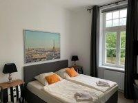 Doppelzimmer Deluxe mit französischem Bett, Quelle: (c) Parkhotel Putbus