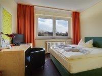 Doppelzimmer Economy im Nebengebäude, Quelle: (c) Hotel Schloss Nebra