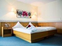 Doppelzimmer First-Class, Quelle: (c) Hotel Ostfriesen-Hof