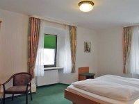Doppelzimmer Haupthaus, Quelle: (c) Hotel Restaurant Räuber Lippoldskrug