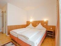Doppelzimmer Komfort Gartenseite ohne Balkon, Quelle: (c) Gasthaus Ostermeier