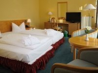 Doppelzimmer Komfort Seeseite, Quelle: (c) The Royal Inn Park Hotel Fasanerie
