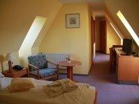 Doppelzimmer Mansarde mit Badewanne, Quelle: (c) Natur Hotel Lindenhof