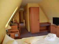 Doppelzimmer Mansarde mit Badewanne mit Aufbettung, Quelle: (c) Natur Hotel Lindenhof