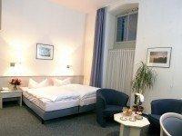 Doppelzimmer mit Badewanne, Quelle: (c) Hotel Landhaus Schieder