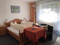 Doppelzimmer mit Balkon, Quelle: (c) Hotel-Restaurant WALDHAUS im Spessart