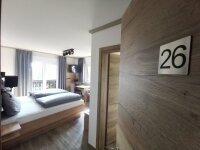 Doppelzimmer mit Balkon: EZ, Quelle: (c) Hotel Grüner Baum