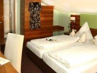 Doppelzimmer mit Dachschräge, Quelle: (c) Hubertus Hotel
