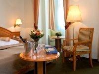 Doppelzimmer mit Dusche, Quelle: (c) Parkhotel Golf