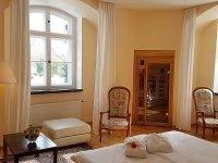 Doppelzimmer mit Sauna, Quelle: (c) Hotel Schloss Spyker