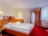 Doppelzimmer mit Zustellbett , Quelle: (c) AKZENT Hotel PRIVAT - das Nichtraucherhotel
