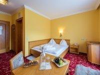 Doppelzimmer Standard , Quelle: (c) AKZENT Hotel Germania Gastein