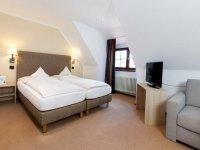 Doppelzimmer Standard mit Badewanne, Quelle: (c) Romantik Hotel Johanniter-Kreuz