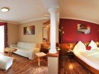 Doppelzimmer Wellnessschlössl, Quelle: (c) Hotel Winzer Wellness & Kuscheln