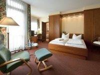 Doppelzimmer zur Einzelnutzung, Quelle: (c) Johannesbad Fachklinik, Gesundheits- & Rehazentrum Saarschleife
