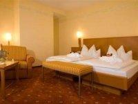 Dreibettzimmer, Quelle: (c) Hotel-Restaurant Liebl