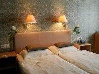 Dreibettzimmer, Quelle: (c) Hotel Schröder