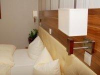 Dreibettzimmer, Quelle: (c) Hotel Restaurant Laux