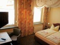 Dreibettzimmer, Quelle: (c) Hotel-Pension Grüne Linde