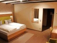 Dreibettzimmer, Quelle: (c) Hotel Sewenig