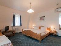 Dreibettzimmer, Quelle: (c) AKZENT Hotel Schranne