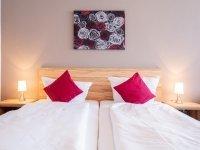 Dreibettzimmer, Quelle: (c) Hotel - Restaurant Haus Waldesruh