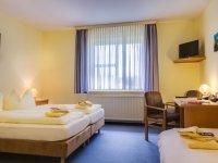 Dreibettzimmer, Quelle: (c) Hotel Zwickau Mosel