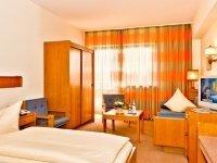 Dreibettzimmer, Quelle: (c) Hotel Merian Rothenburg