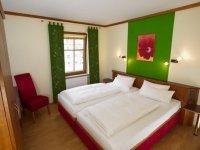 Dreibettzimmer, Quelle: (c) Hotel Deutsches Haus