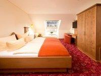 Dreibettzimmer Komfort Silbertal, Quelle: (c) Schwarzwald-Hotel Silberkönig Ringhotel Bleibach