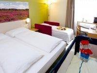 Dreibettzimmer, Quelle: (c) ANDERS Hotel Walsrode